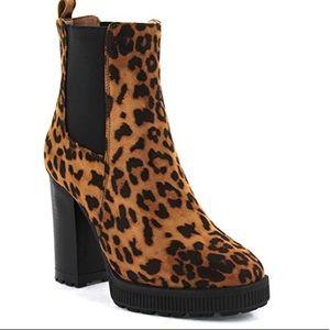 NWT Seven7 Size 10 & 11 Munich Leopard 🐆 Booties